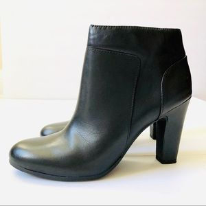 Sam Edelman Salina Black Leather Ankle Boots